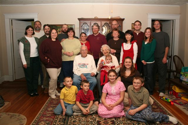 Group photo of Dibbles from Christmas 2007