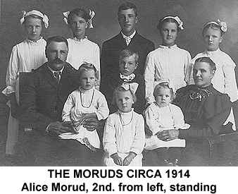Black and white photograph of the Morud family circa 1914